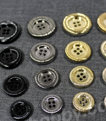 Гудзики металізовані 200138